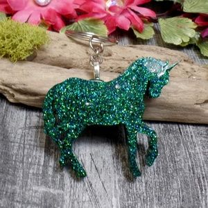 Accessories - Green Glitter Resin Unicorn Keychain
